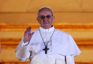 Jorge-Mario-Bergoglio-Papa-Francesco-I1-586x403